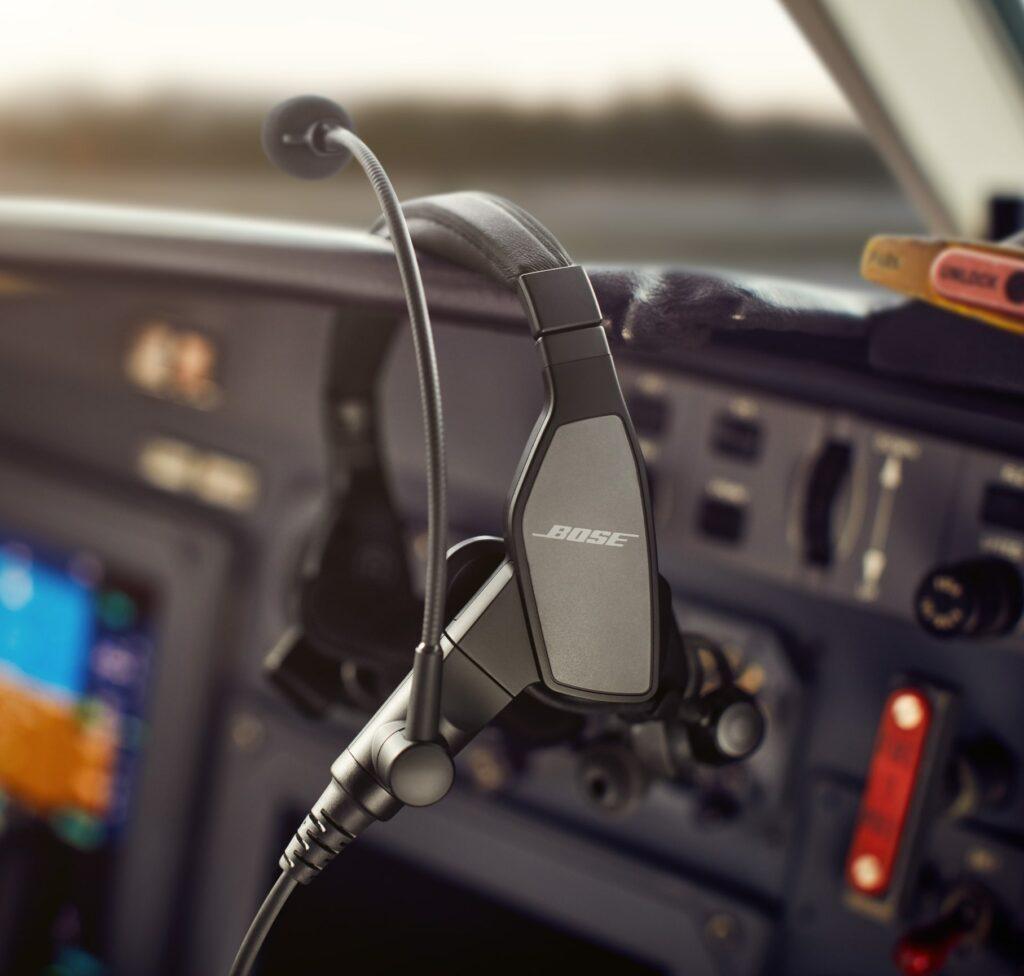 Inside cockpit, Bose ProFlight Series 2